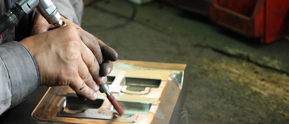 forging-tool-polishing-FORGINAL-industrie